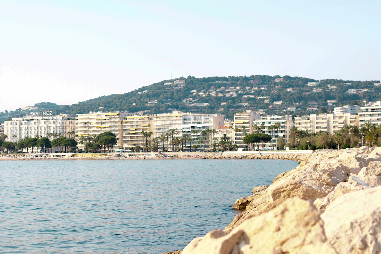5 spectacular things to do around cannes with photos. Black Bedroom Furniture Sets. Home Design Ideas