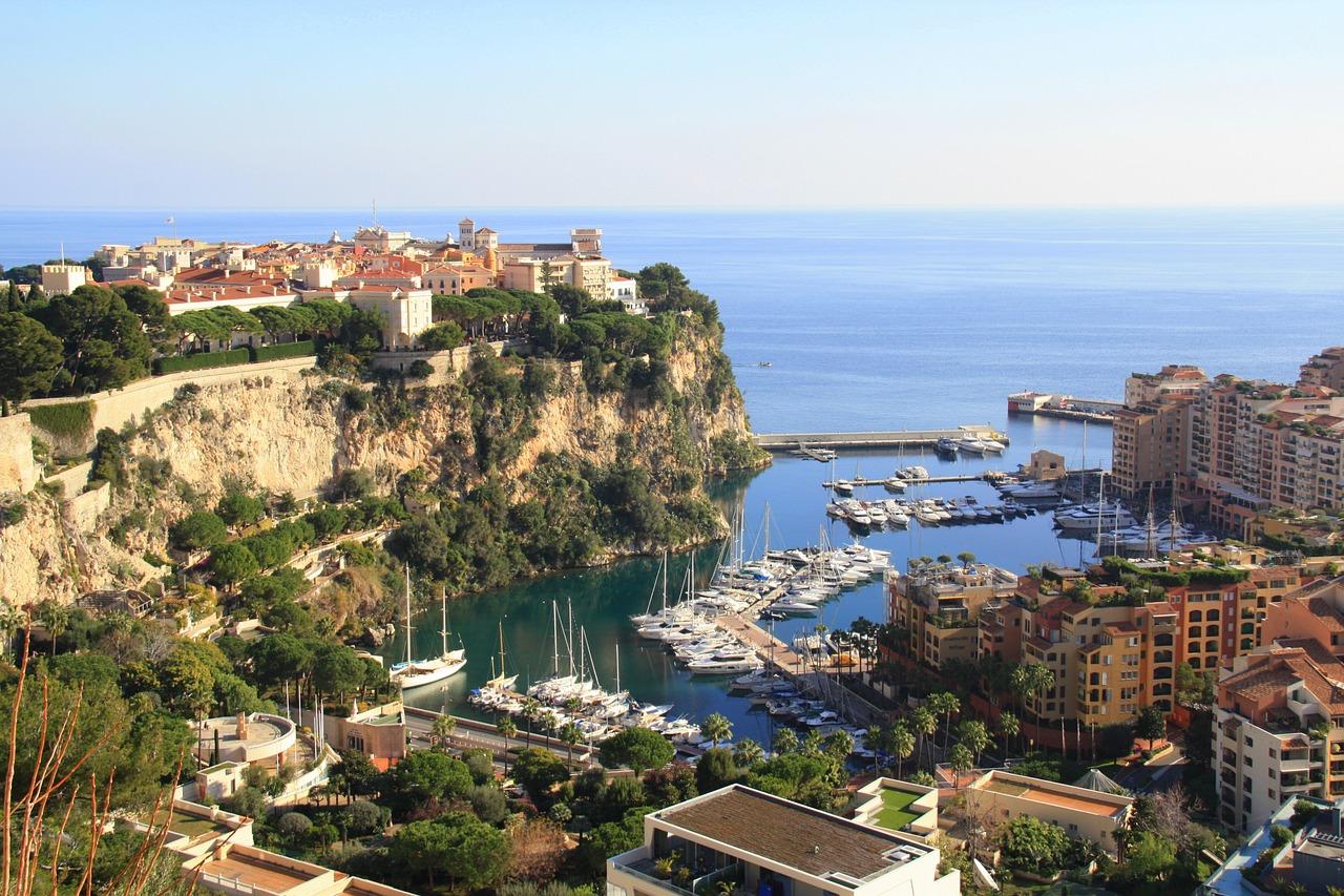 5 Anledningar att Köpa Hus eller Lägenhet i Frankrike