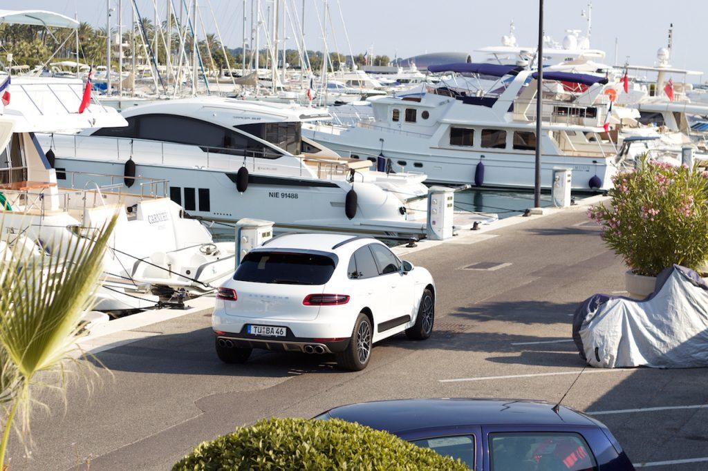 hyr yacht franska rivieran