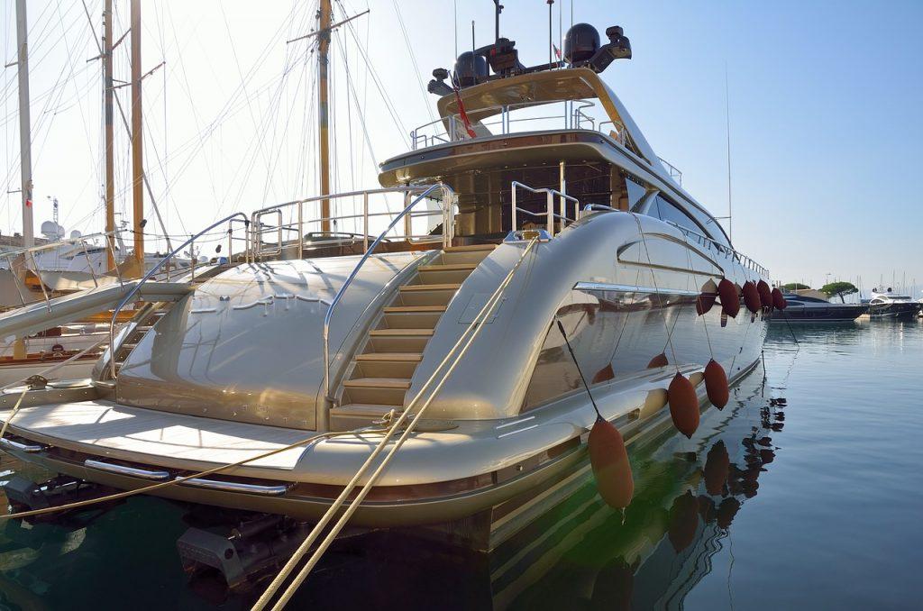 båtuthyrning franska rivieran