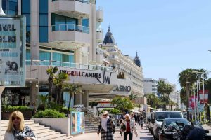 JW Mariott hotel and JW Grill Cannes