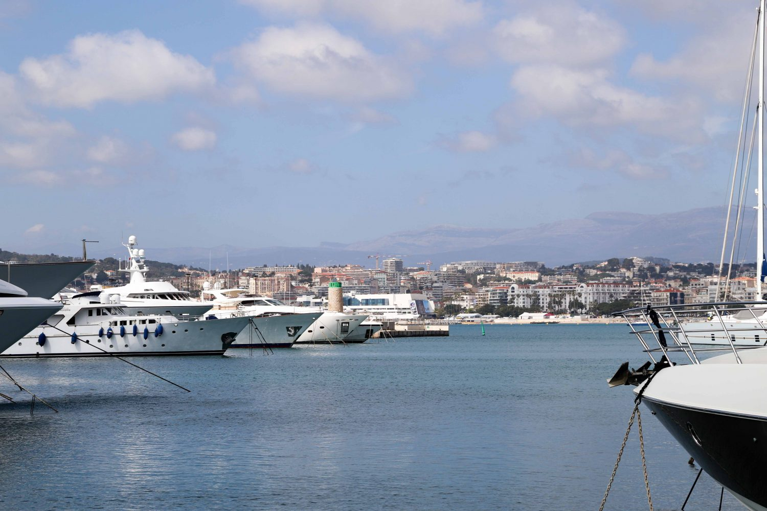Port canto cannes, France