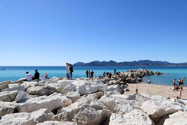 Cannes beach restaurants