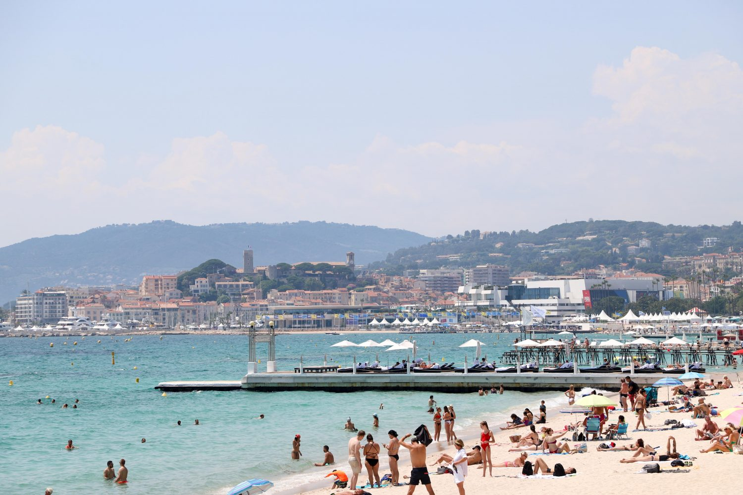 Cannes Croisette beaches