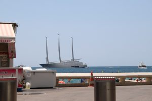 World's largest sailboat A French Riviera