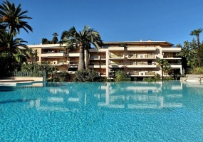 Cannes,Montrose,1 Bedroom Bedrooms,1 BathroomBathrooms,Apartment,Cannes,Montrose,1022