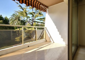 Cannes,Montrose,2 Bedrooms Bedrooms,2 BathroomsBathrooms,Apartment,Cannes,Montrose,3,1023